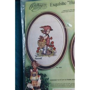 Hummel stitchery Kit